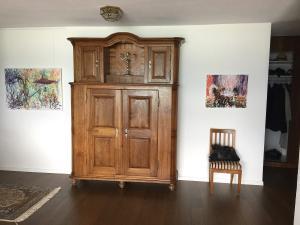 03 Hallway